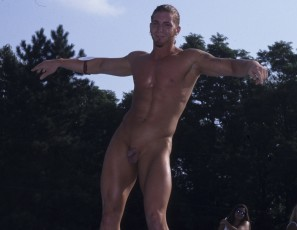 content/052115_august_1998_mr_nude_north_america_nudes_a_poppin_contest/3.jpg